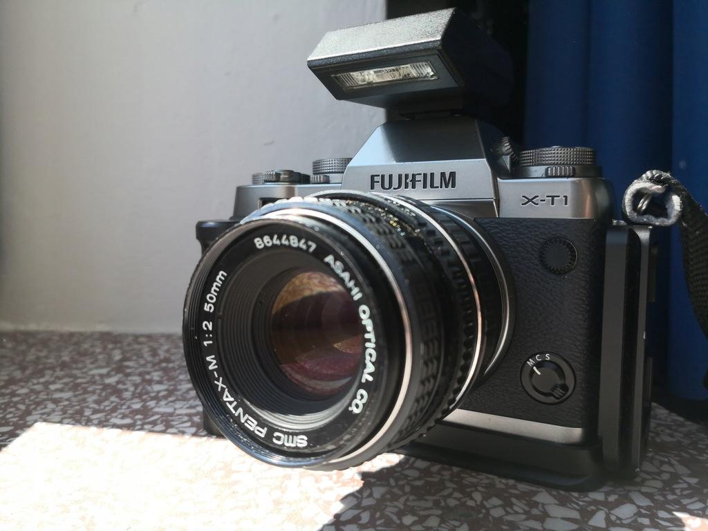 Aparat Fujifilm X-T1 50mm + akcesoria bdb BCM