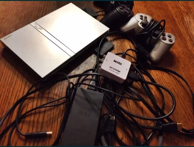 Konsola PS2 Slim+MC 8MB+2Pady+Converter AV-HDMI