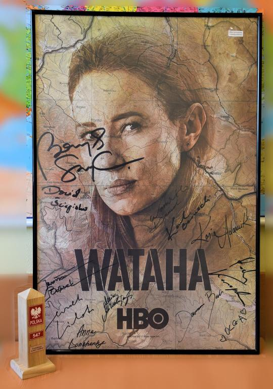 plakat WATAHA -DOBOSZ- III sezon z autografami