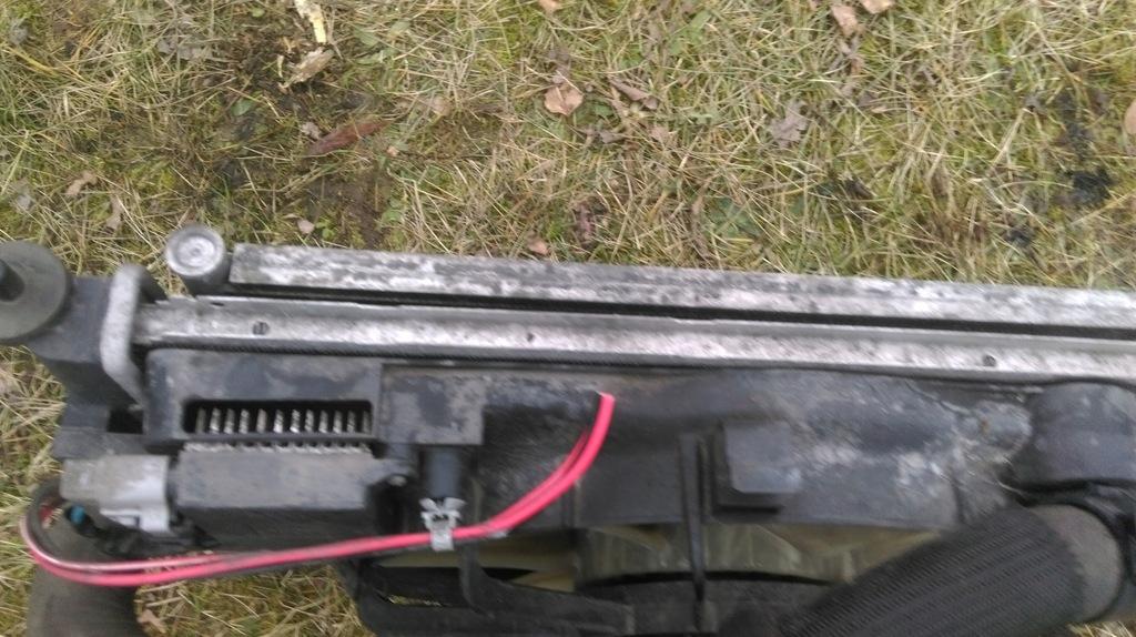Aire de radiador radiador motor radiador Mazda 5 2.0 CITD 05-10 2.0d rf7n13565c OE