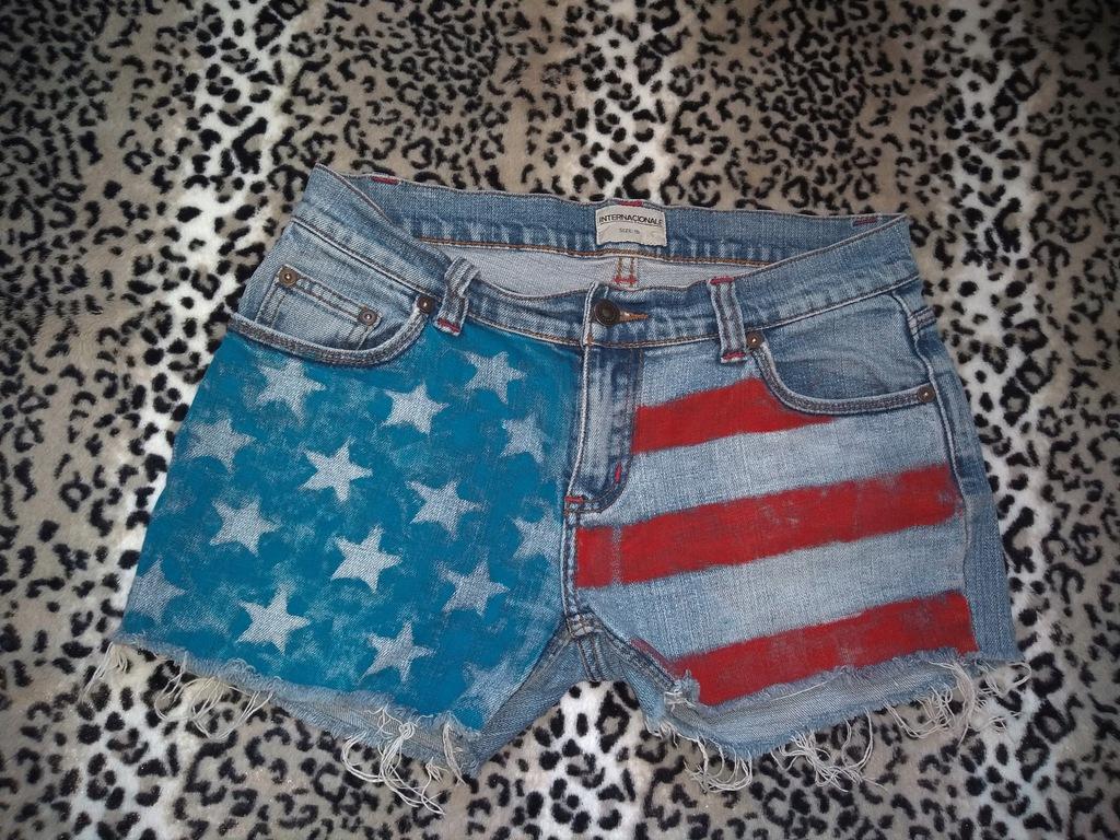 Krótkie jeansy spodenki szorty S z przetarciami