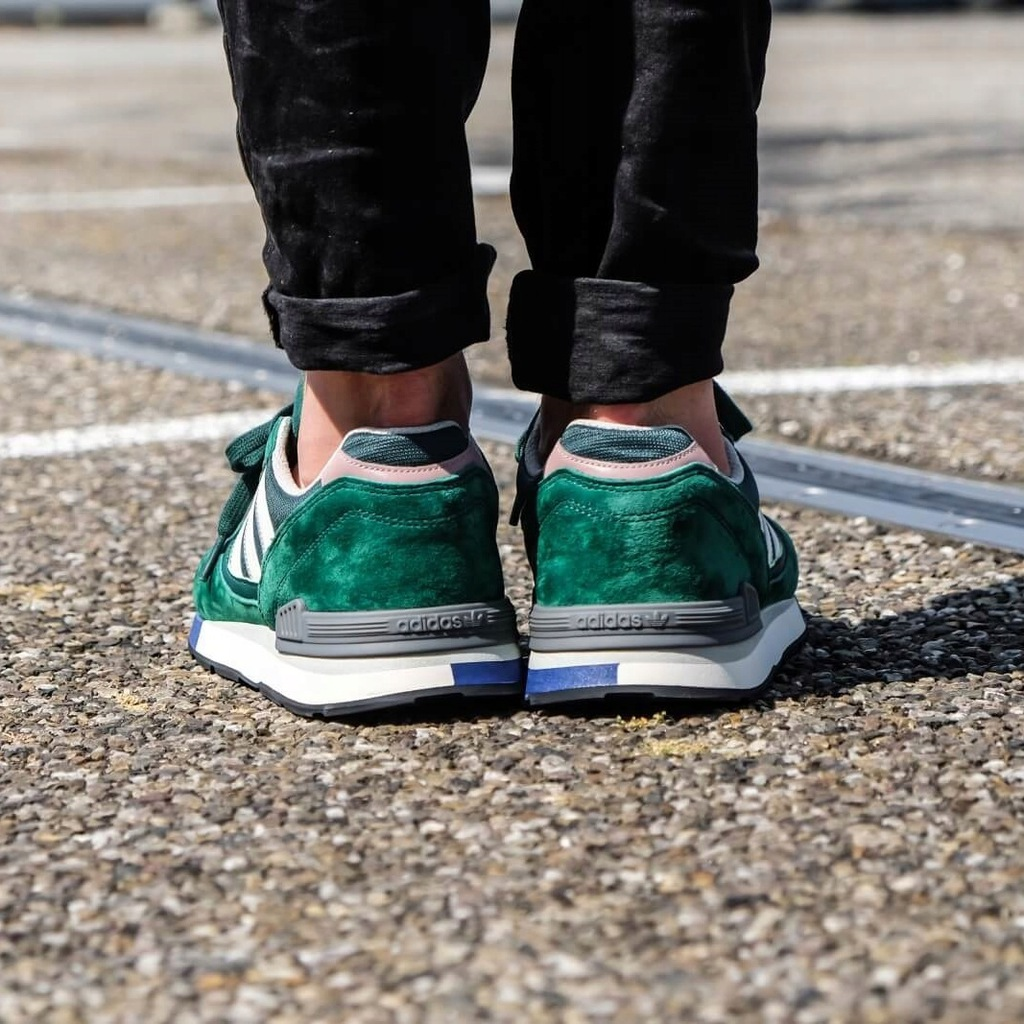 adidas Originals Quesence Trainers In Green B37851 Green