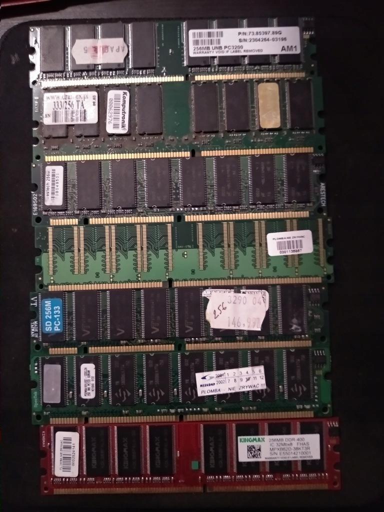 Kości RAM 21 sztuk