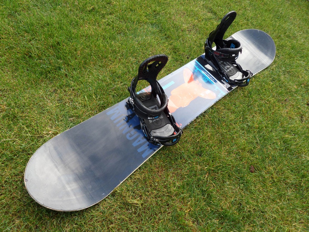 Snowboard NITRO MAGNUM 168CM + wiąz. NITRO PUSHER