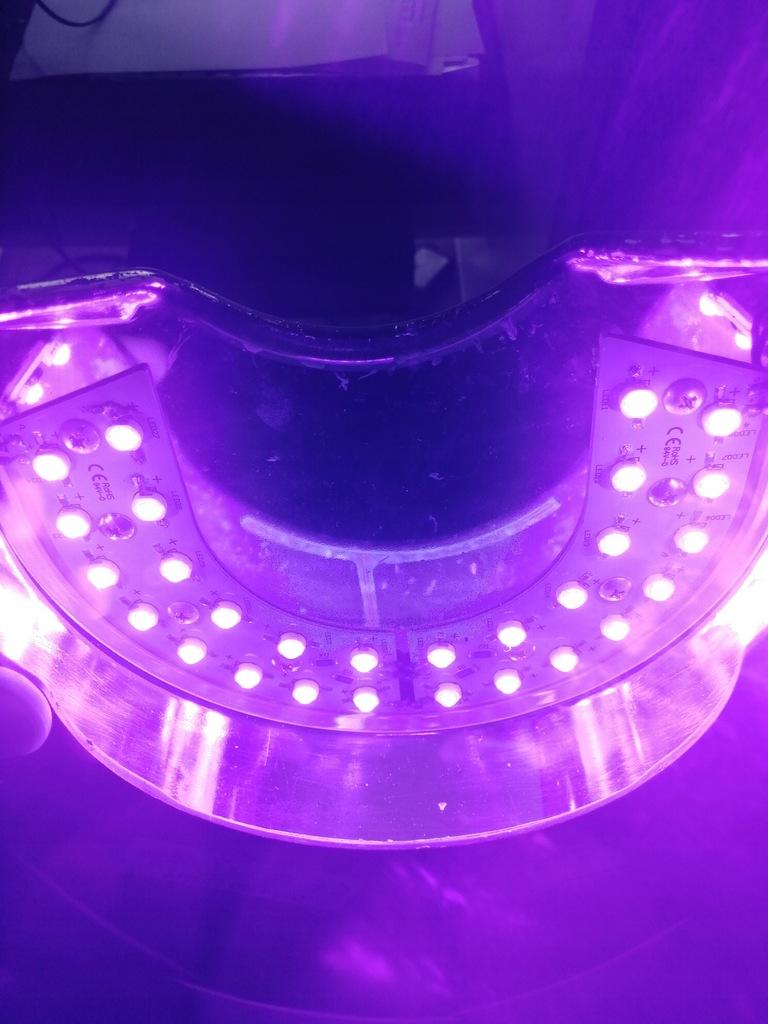 OPI lampa LED - czarna mało używana