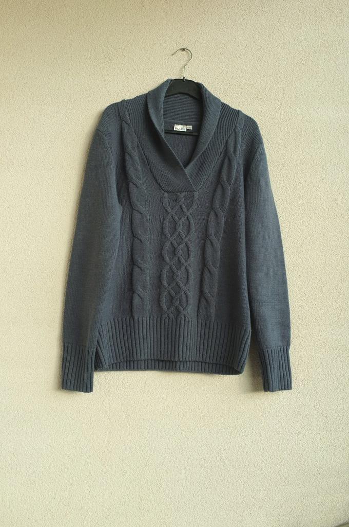 Niebieski sweter Blue Motion L 40 oversize wełna