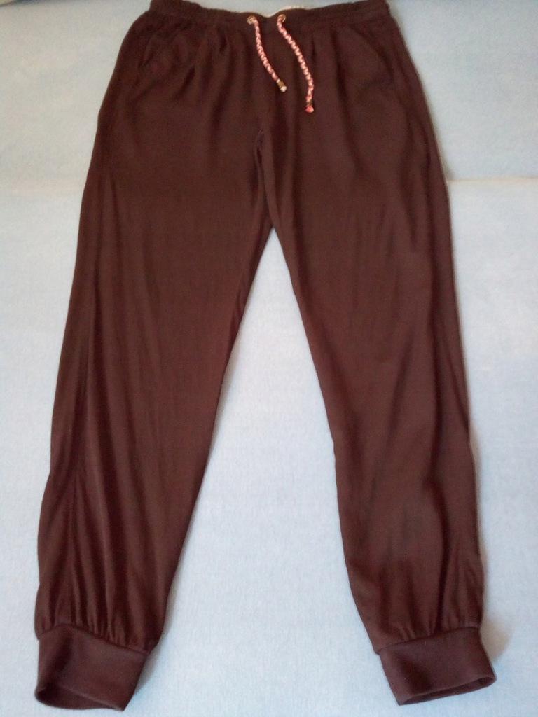 RESERVED spodnie dresowe fitness 38 M jak nowe