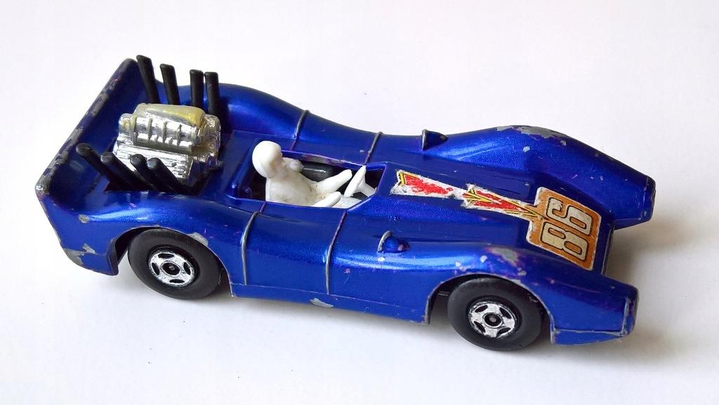 MATCHBOX-BLUE SHARK