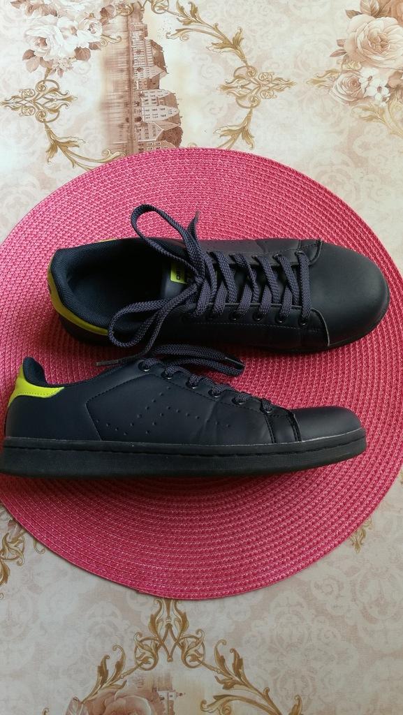Buty sportowe chłopiec 38