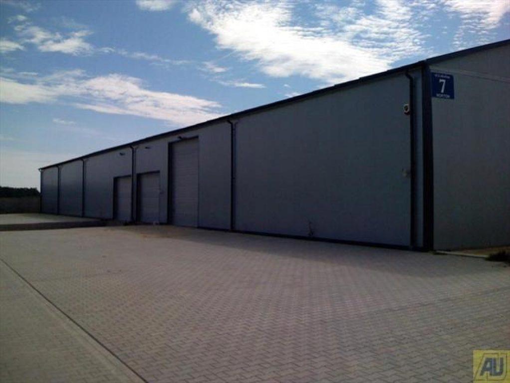 Na wynajem Lesznowola, piaseczyński, 1700,00 m²