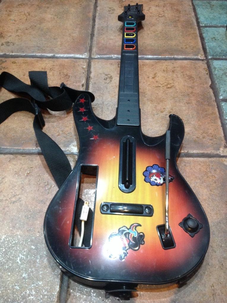 Guitar Hero Gitara Nintendo Wii 7047983850 Oficjalne Archiwum Allegro