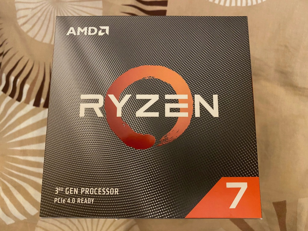 Procesor AMD Ryzen 7 3700X 3,6 GHz BOX