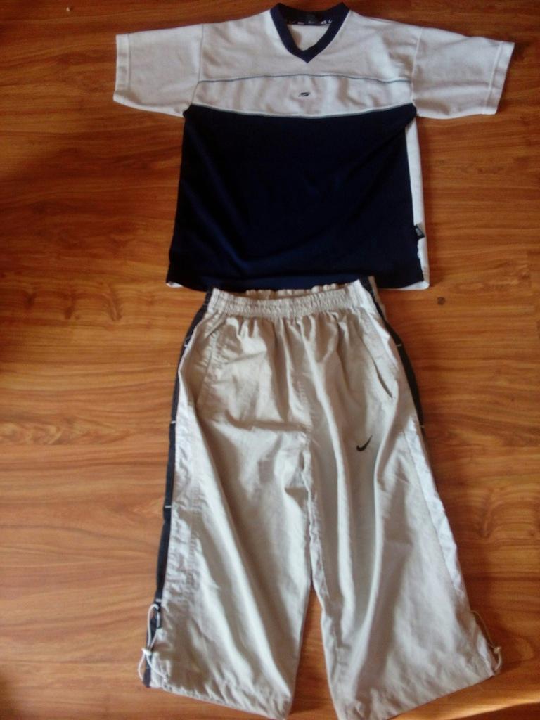 zestaw koszulka NIKE + krótkie spodnie rozm M