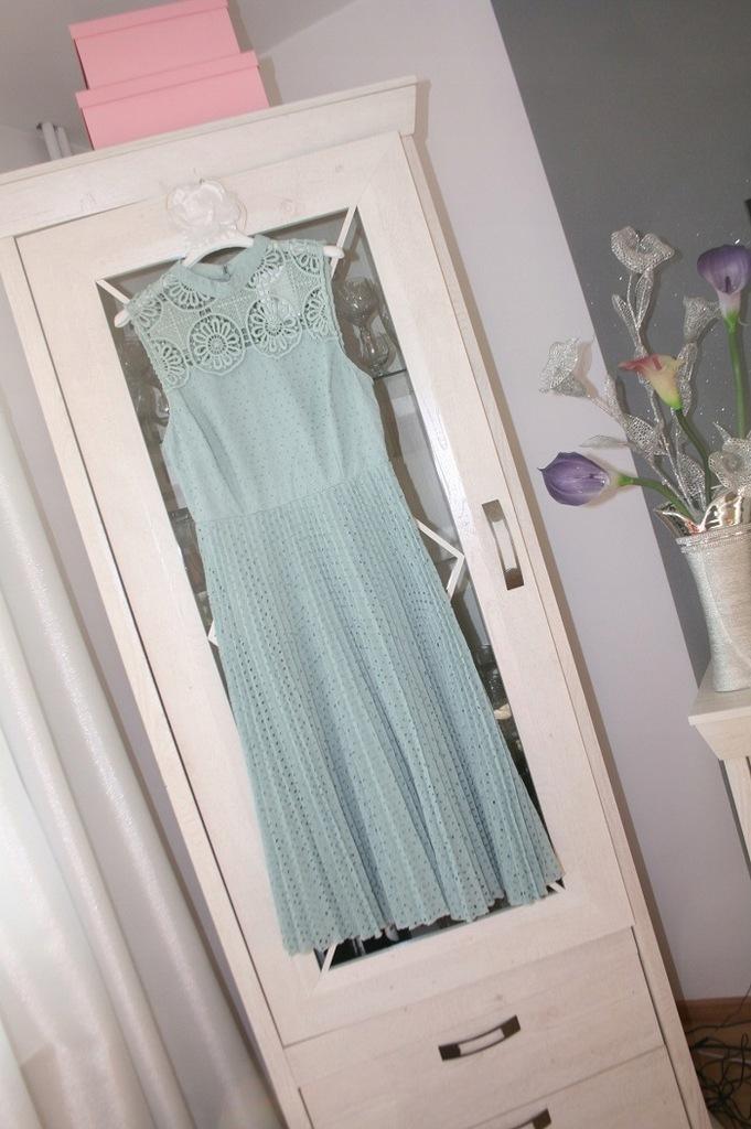 Asos sukienka ażurowa - plisowana 40 NOWA