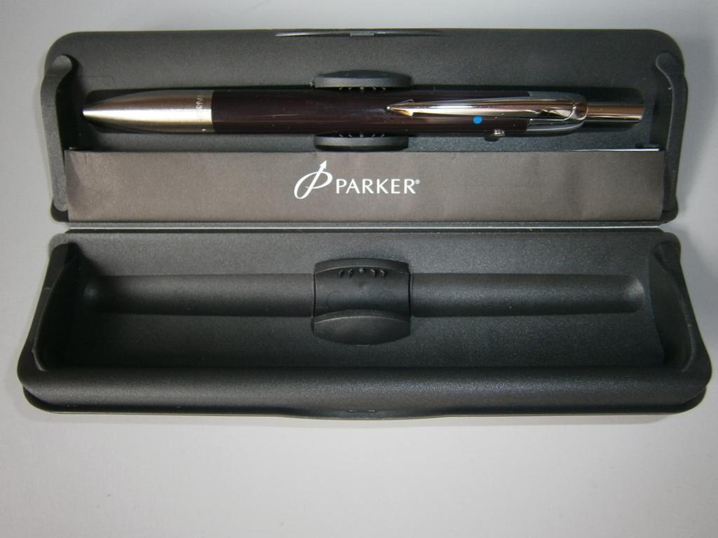 Parker długopis w pudełku nowy