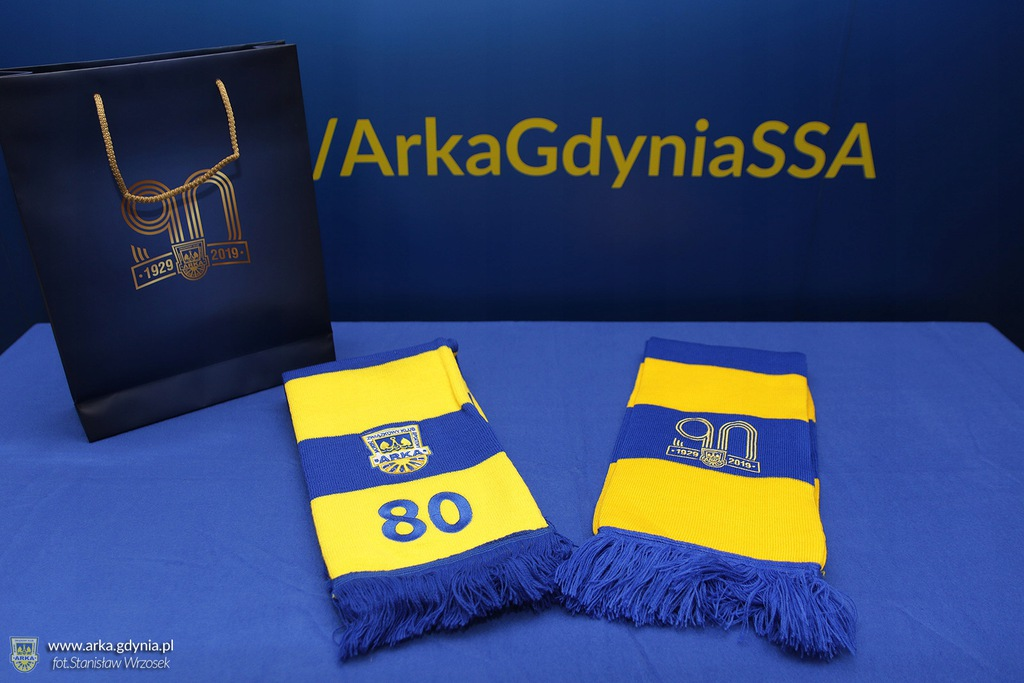 Arka Gdynia Szaliki kolekcjonerskie 80 i 90-lecie!