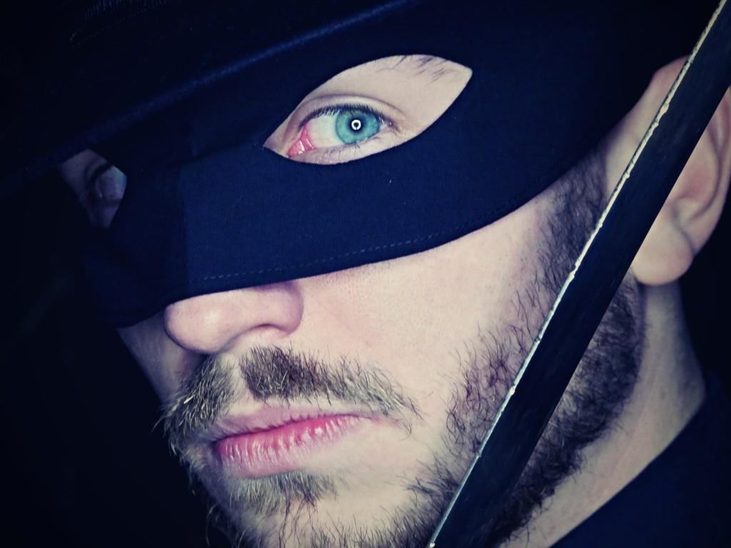 Wygraj trening szermierki z Zorro w Teatrze Maska