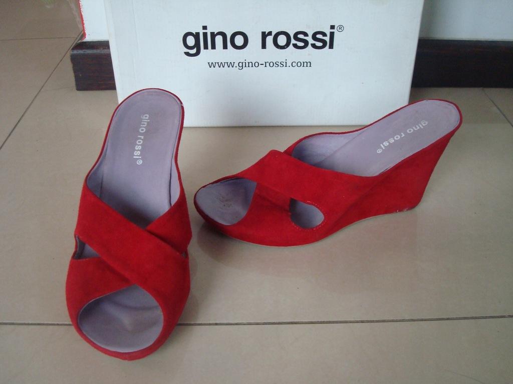 Skórzane klapki na koturnie GINO ROSSI roz. 38