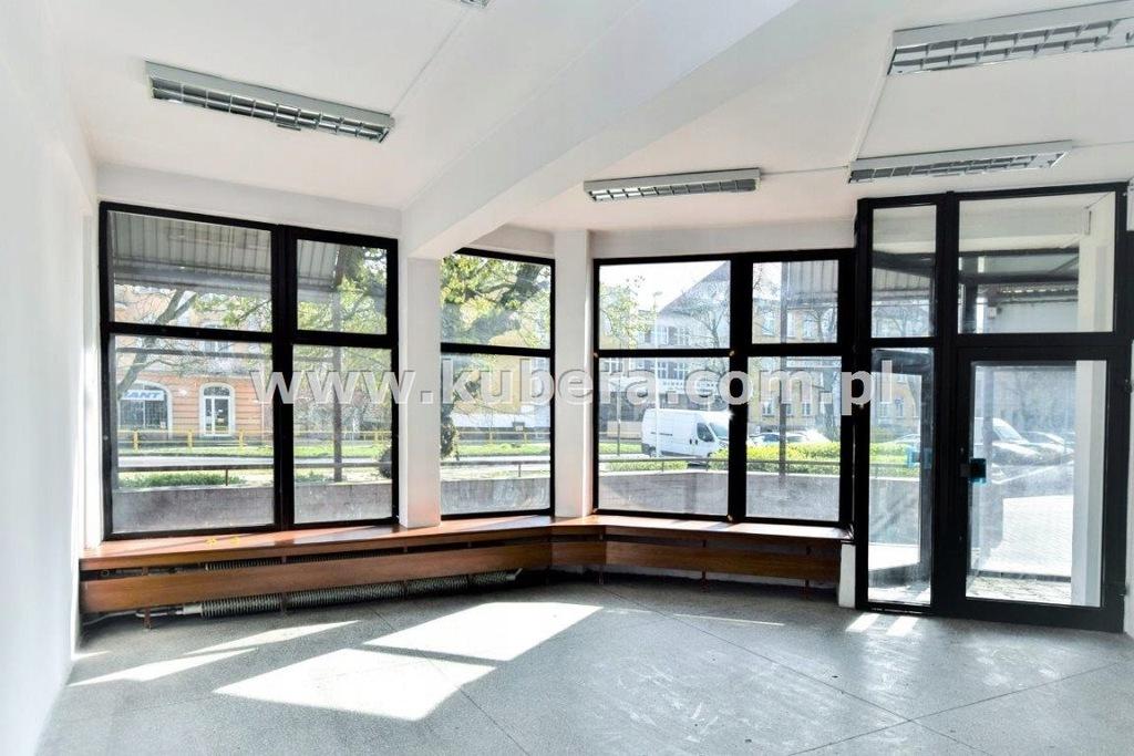 Komercyjne, Piła, Pilski (pow.), 41 m²