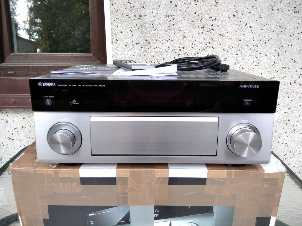 Amplituner Yamaha RX-A1010 Aventage
