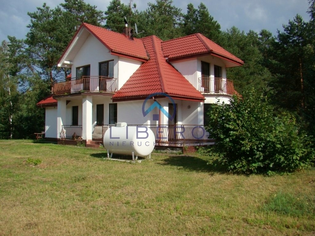 Dom, Różan, Różan (gm.), Makowski (pow.), 183 m²