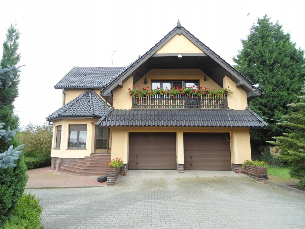 Dom Komorniki, poznański, 2000,00 m²