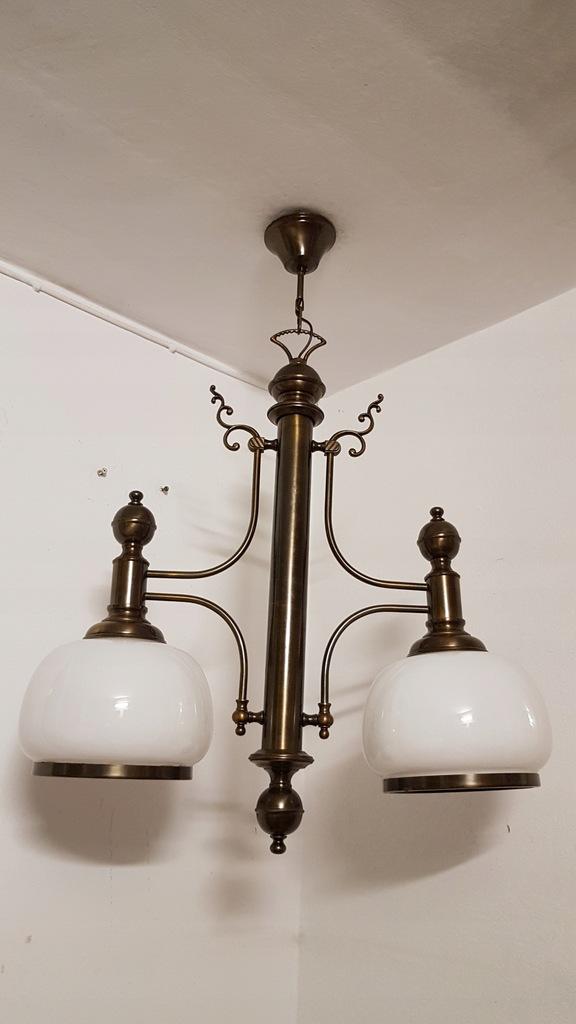 Lampa dwupunktowa - śnieżnobiałe klosze