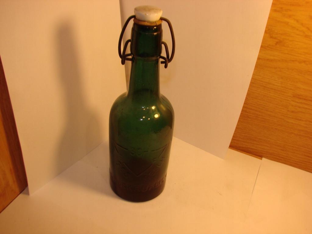 Przedwojenna butelka