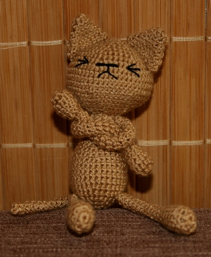 Beżowy kot foch dla Kiary i Simby