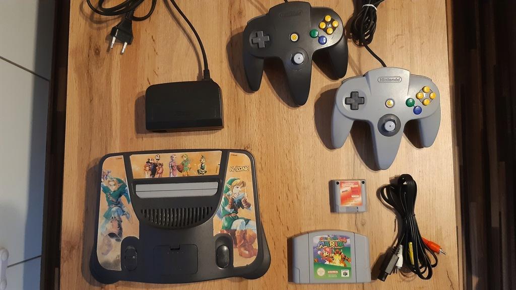 Nintendo 64 + 2 pady + Super Mario 64
