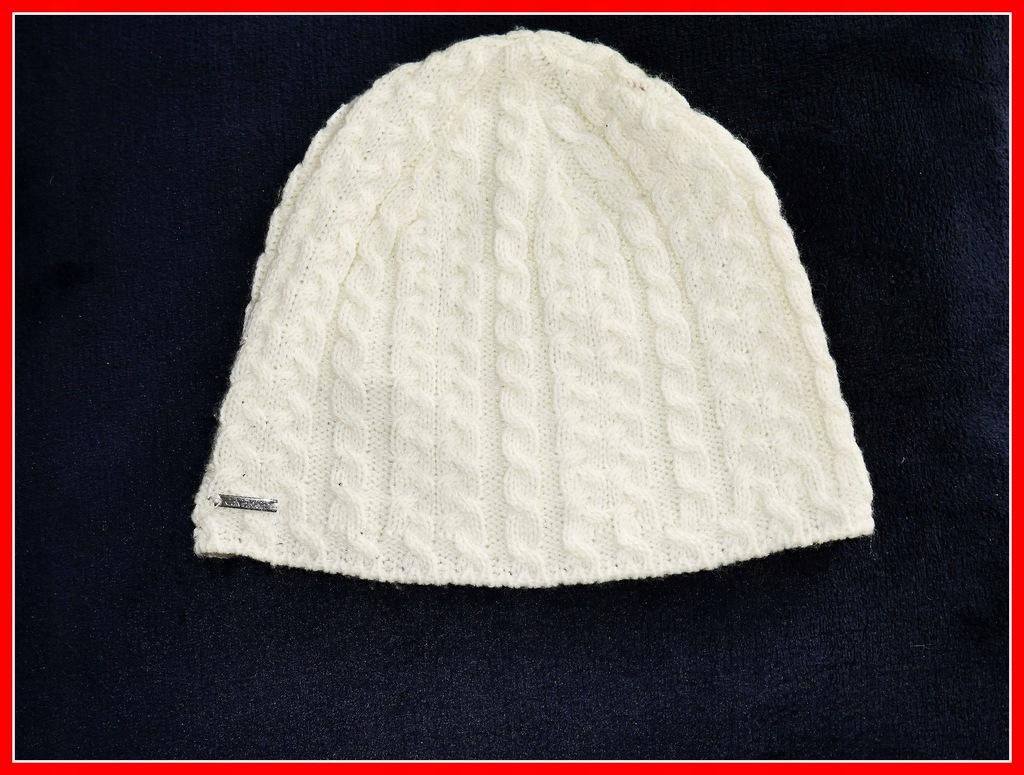 beanie czapka = Calvin Klein = One Size logowana