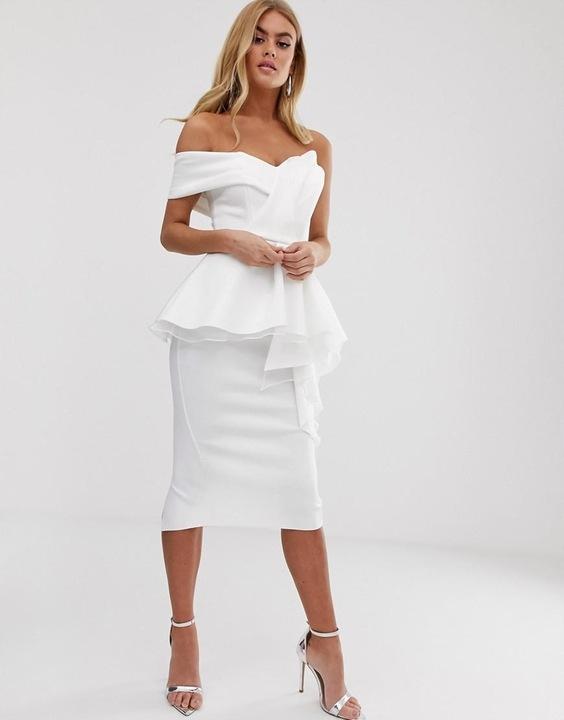 Biała sukienka z baskinką midi 34 XS