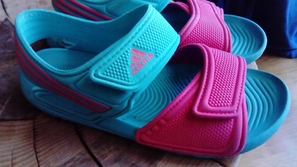 Adidas 33 sandałki