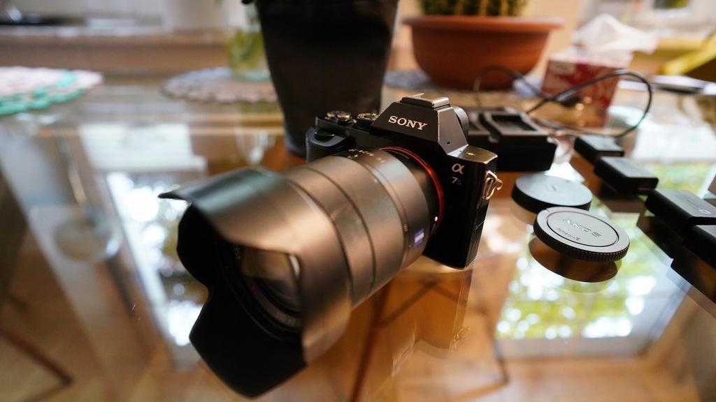 Sony A7S + Obiektyw Carl Zeiss FE 4/24-70/