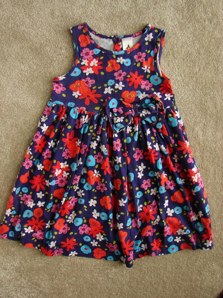 C&A Piękna Kolorowa sukienka rozmiar 104