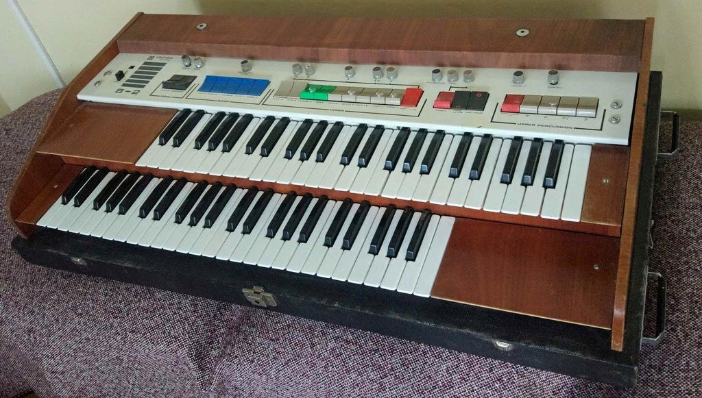 Organy Unitra Eltra B-2