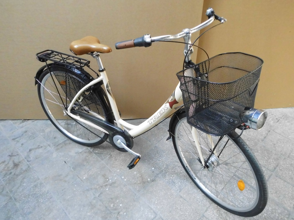 Rower miejski, stylowy damka Trek Navigator C420
