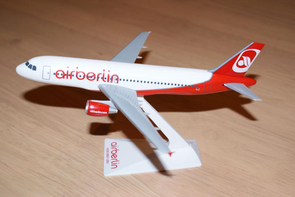Model samolotu A320-200 linii Air Berlin