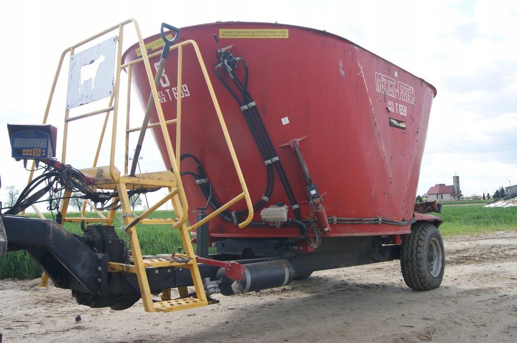 Wóz paszowy T 659 8m3 METAL-FACH