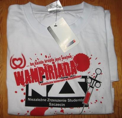 WAMPIRIADA T-SHIRT ROZM. XL