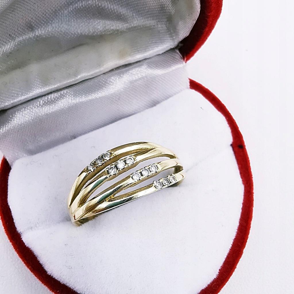 Złoty damski pierścionek 585 R. 20 Cyrkonie