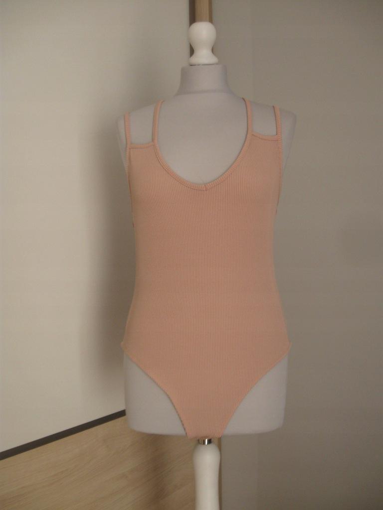 New Look_Body Prążkowane r 44 (UK 16)