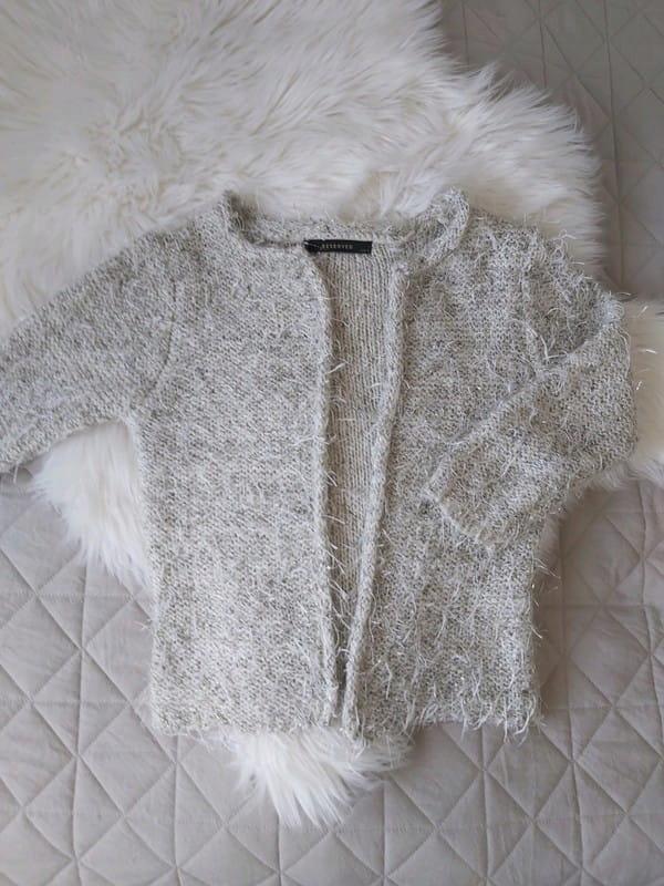 Sweter puchaty włochaty złota nitka Reserved S