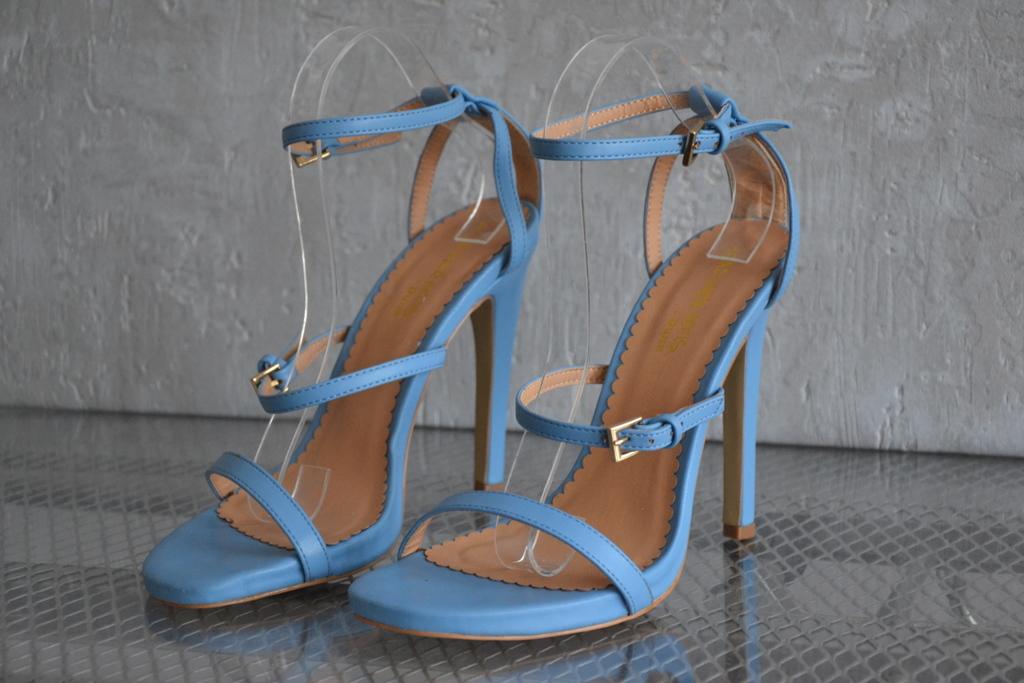 1b Head Over Heels by DUNE sandały na szpilce R 39