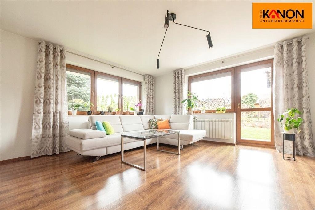 Dom, Wilkowice, Wilkowice (gm.), 440 m²