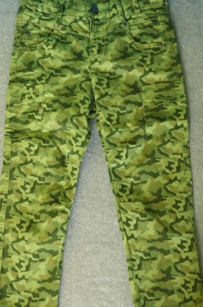 Spodnie dla chłopca Coccodrillo r. 110 -stan bdb-