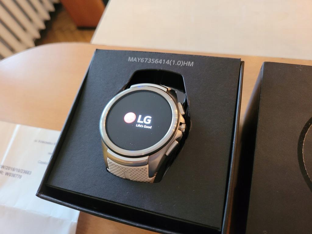 Smartwatch LG Watch Urbane 2nd Edition b.d. stan