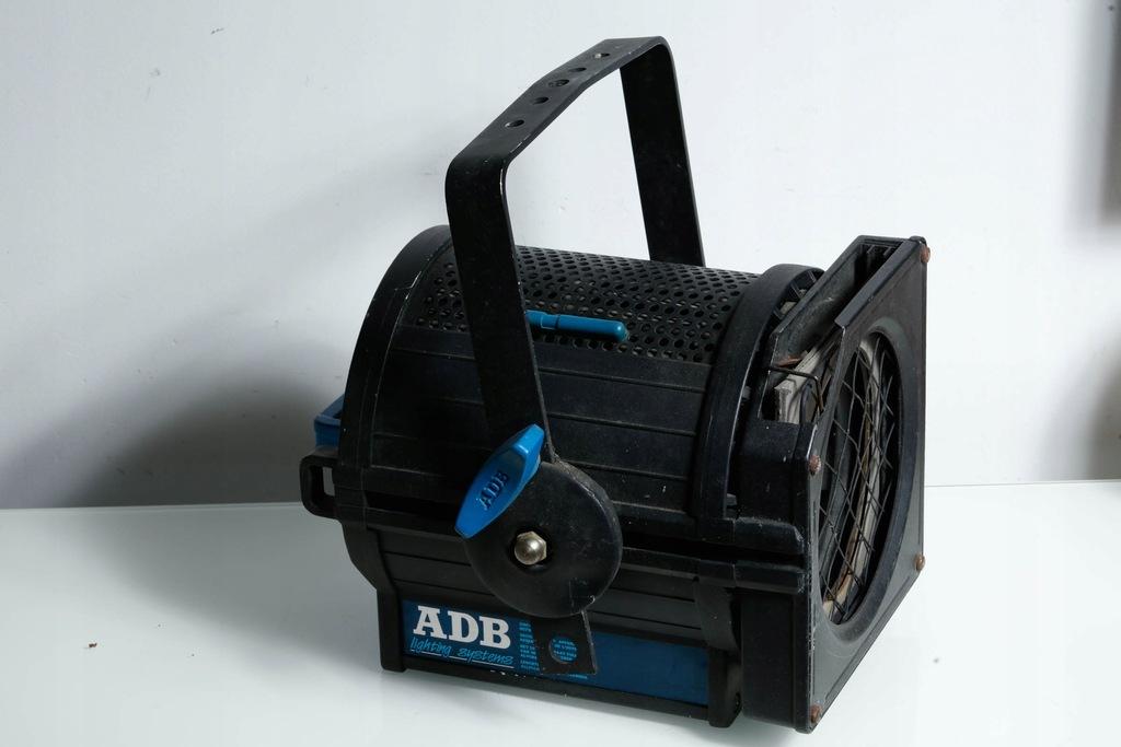 ADB F101 reflektor teatralny spot 1000W