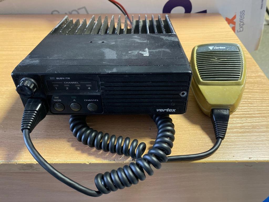 RADIOTELEFON YAESU FTL2011 VHF 136-174MHz 4 kanały