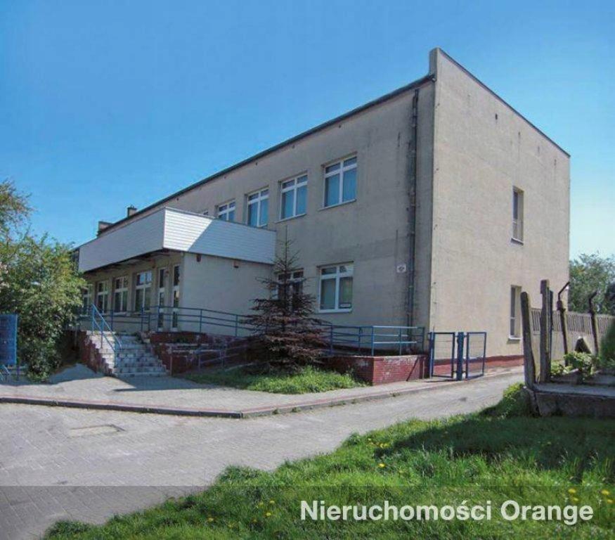 Komercyjne, Strzelce Opolskie, 1652 m²